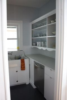 Rich &amp Emily's Somerville Surprise Kitchen Redo, Rustic Kitchen, Vintage Kitchen, Kitchen Pantry, Kitchen Ideas, Scullery Ideas, Boston House, Old Cabinets, Beautiful Homes