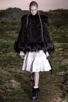 Alexander McQueen Fall/Winter 2014/2015