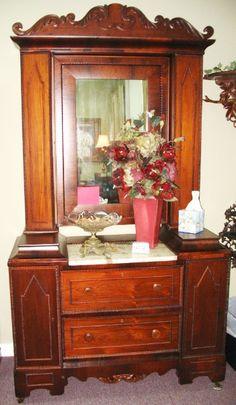 American Victorian Wig Dresser - Morris Antiques