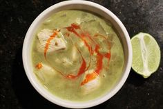Chicken avocado soup via @Ishita Singh // #avocado #recipe #soup