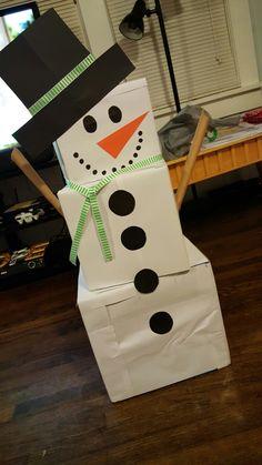 Christmas On A Budget, Christmas Gift Box, Christmas Wrapping, Xmas Gifts, Snowman Christmas Decorations, Christmas Snowman, Kids Christmas, Christmas Activities, Christmas Projects