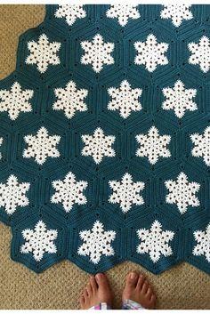 Ravelry: eweare's Snowflake blanket