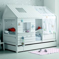 Lit cabane fille 90x200 blanc Alfred Et Compagnie