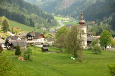 Afritz am See Carinthia, Golf Courses, Beautiful Places, Mansions, House Styles, Bucket, Villach, Mansion Houses, Manor Houses
