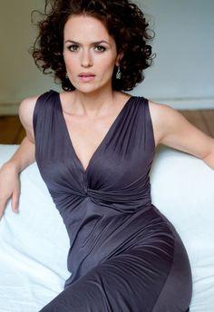 Melika Foroutan born 1976 in teheran, iran Star Wars, German Women, Cinema Actress, Actor Photo, Celebs, Celebrities, Actress Photos, Camisole Top, Actors
