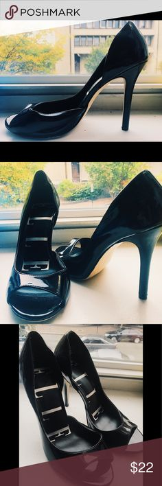 Business Casual Heels Open toed heels, about 3 inches in height. Perfect for work, but also look great for going out.  Never worn! Elle Shoes Heels
