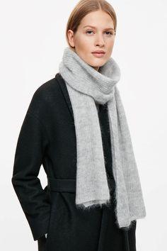 COS | Lightweight mohair scarf