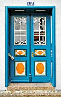 Blue Door and Newspaper, Wustrow, Mecklenberg-Vorpommern, Germany Door Entryway, Entry Doors, Unique Front Doors, Doors Galore, The Doors Of Perception, Cool Doors, Door Knockers, Door Knobs, Closed Doors