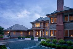Sunny Knoll traditional, Watch Hill, RI. Michael McKinley and Associates.