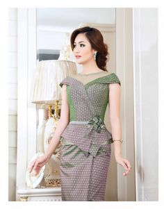 Khmer Traditional Dress and Cloths from http://sattrey.com