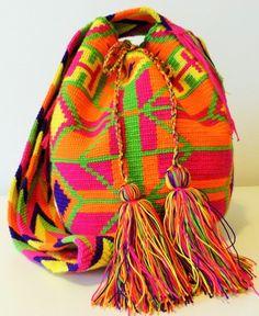 Ballontaschen - Wayuu Mochila Crossbody Tasche (einzig) Boho Chic - ein Designerstück von Liza-Figueredo bei DaWanda