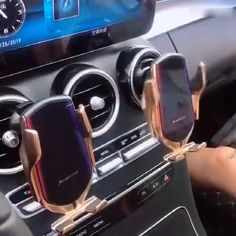 Fashion Car Holder Fast Wireless Phone Holder Charging Air Vent - schnickschnack, gadgets, nerd stuff - CAR (X) Car Gadgets, Gadgets And Gizmos, Support Telephone, Accessoires Iphone, Car Holder, Charger Holder, Car Hacks, Cool Inventions, Phone Charger