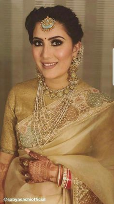 bridal jewelry for the radiant bride Indian Attire, Indian Wear, Indian Outfits, Sabyasachi Sarees, Indian Sarees, Banarsi Saree, Indian Gowns, Pakistani Dresses, Silk Sarees