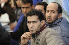 Στα τσακιδια ρεε !!! Εγκαταλείπουν μαζικά την Ελλάδα οι μετανάστες - Στατιστικά και πίνακες