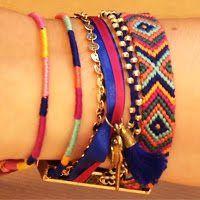Visible sur tous les poignets cet été, le bracelet brésilien peut être tissé de 1001 façons. Hyper tendance, découvrez le modèle Twist, une version tissé en rond. Très simple à réaliser, ...