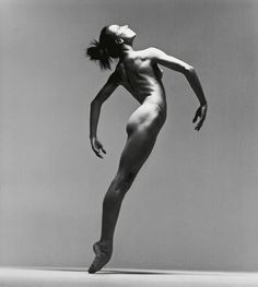 Photo : The Richard Avedon Foundation   Une immense artiste : Sylvie Guillem en 1991