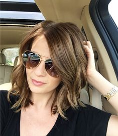 37 Short Choppy Layered Haircuts - Messy Bob Hairstyles Trends for Autumn/Winter Messy Bob Hairstyles Choppy Layered Haircuts Undoubtedly, the most fashionable and elegant hairstyles in this and next season among girls and women of. Medium Hair Cuts, Short Hair Cuts, Medium Hair Styles, Curly Hair Styles, Fall Hair Cuts, Short Choppy Layered Haircuts, Long To Short Haircut, Medium Choppy Layers, Bob With Layers