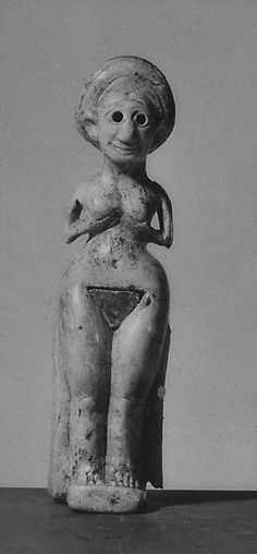 Turkey (central). Kültepe (Kane_). Ivory figure of nude woman holding breasts. Old Assyrian . Middle Bronze Age .