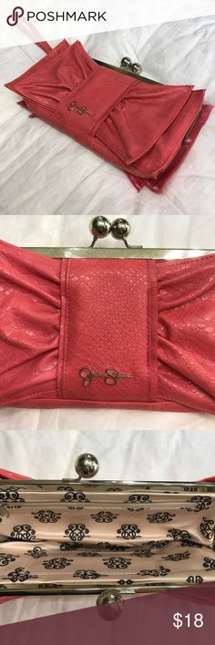 Jessica Simpson Pink Coral Bow Clutch. Never used 👛 Jessica Simpson Bags Clutches & Wristlets