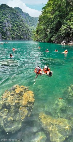 Kayangan Lake in Western Visayas, Philippines • photo: Brian Rapadas on Flickr
