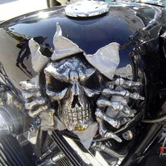 Jaw-Dropping Cool Tips: Harley Davidson Helmets Chopper harley davidson cake design.Harley Davidson Old School Awesome harley davidson dyna black. Regalos Harley Davidson, Harley Davidson Birthday, Harley Davidson Helmets, Harley Davidson Gifts, Harley Davidson Motorcycles, Custom Motorcycles, Custom Bikes, Custom Tanks, Chopper Cruiser