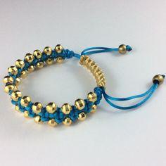 Macrame armband-Gold kralen van DevaDwaroJewellery op Etsy