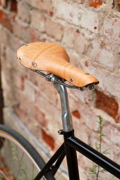 So I hate to out myself like this, but damn that's a sexy saddle and sitting on an aero campy seat post no less!