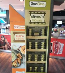 """A night without kids, boyfriends or husbands, that's what """"Ladies at the Movies @Kinepolis"""" stands for. Pietercil Belgium covered this trade channel by offering fresh Tapas & Olives!"""