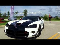 Dodge Viper SRT 10 at Miami import revolution car show