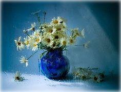 Blumen Stillleben by Vasilij Cesenov, via Flickr
