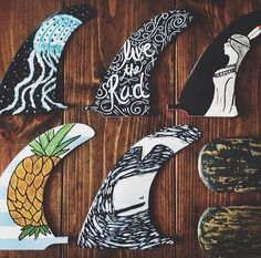Tail fin doodles
