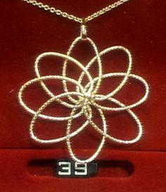 Nice atom like wire pendant