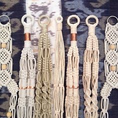 Knots & lots of Love x Macrame Art, Macrame Projects, Macrame Knots, Macrame Jewelry, Macrame Plant Holder, Small Blankets, Macrame Tutorial, Macrame Patterns, Crochet Round