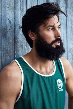 Green running singlet designed and knitted in Sweden. 95 % from recycled plastic. Running Singlet, Winter Running, Sweden, Tank Man, Plastic, Mens Tops, Design, Fashion, Moda