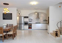 White laminate kitchen flooring