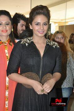 Huma Quereshi At Shagun Exhibition Inauguration