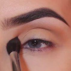 #socialmedia RT Makeup: Stunning  http://pic.twitter.com/vtJhIRaaoY   Social Marketing Pro (@Social_MKT_) September 6 2016