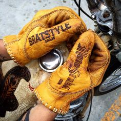 "1,416 Likes, 35 Comments - BRATSTYLE (@bratstyle) on Instagram: ""BRATSTYLE×MOTOSTUKA Shanks Gloves Coming soon!!✨ #bratstyle #motostuka #shanksgloves #madeinusa"""