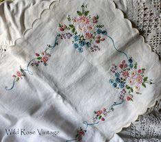 Wild Rose Vintage: The rest of my weekend treasures....