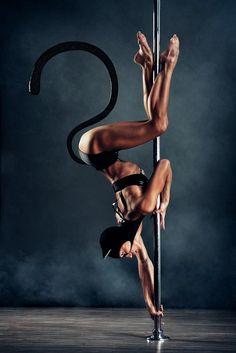 pole dancing, pole fitness, catwoman, batman, comics, pole art, fitspo