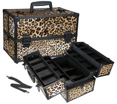 Would like a big makeup box/bag that's portable.