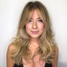 40 Picture-Perfect Hairstyles for Long Thin Hair Thin Hair Cuts cuts for thin hair pictures Long Face Hairstyles, Haircuts For Fine Hair, Pretty Hairstyles, Straight Hairstyles, 80s Hairstyles, Beautiful Haircuts, Spring Hairstyles, Medium Thin Hair, Thin Hair Cuts