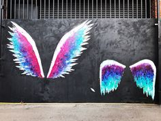 ideas street art photography inspiration murals for 2019 Murals Street Art, 3d Street Art, Street Art Graffiti, Mural Art, Graffiti Artists, Best Street Art, Angel Wings Art, Angel Wings Painting, Sidewalk Chalk Art