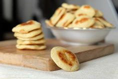 Making your homemade blinis: child& play! - The recipe for unbeatable blinis! Tapenade, Baguette, Mini Pains, Prep & Cook, Tapas, Mini Pancakes, Minis, Thermomix Desserts, Midnight Snacks