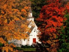Built in 1806, the African Meetinghouse is the oldest standing black church in America.  Boston, MA   USA Old Country Churches, Old Churches, Church Pictures, Fall Pictures, Autumn Photos, Le Vermont, Take Me To Church, Autumn Scenes, Church Building