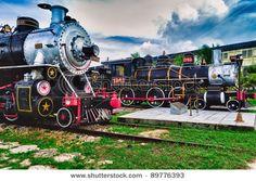 Tourist Sugar Trains in Santa Clara