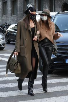 Uni Outfits, Casual Winter Outfits, Modell Street-style, Irina Shayk Style, Paparazzi Photos, Models Off Duty, Autumn Street Style, Winter Looks, Streetwear Fashion