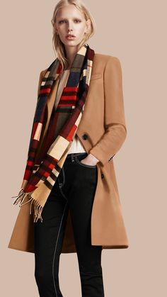 The Classic Cashmere Scarf in Colour Block Check in Parade Red | Burberry United States