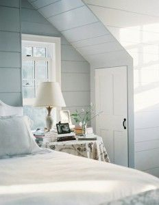 inspiration: pale blue walls, white bedding, hints of chocolate All White Room, White Rooms, Light Gray Bedroom, White Bedroom, Blue Bedrooms, Cottage Shabby Chic, Pale Blue Walls, Gray Walls, Br House