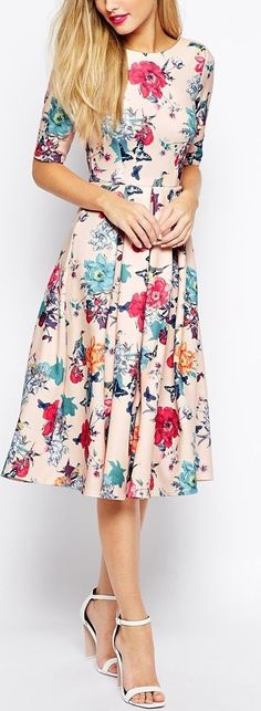 Beautiful Floral Dresses You Must Have - Trend To Wear